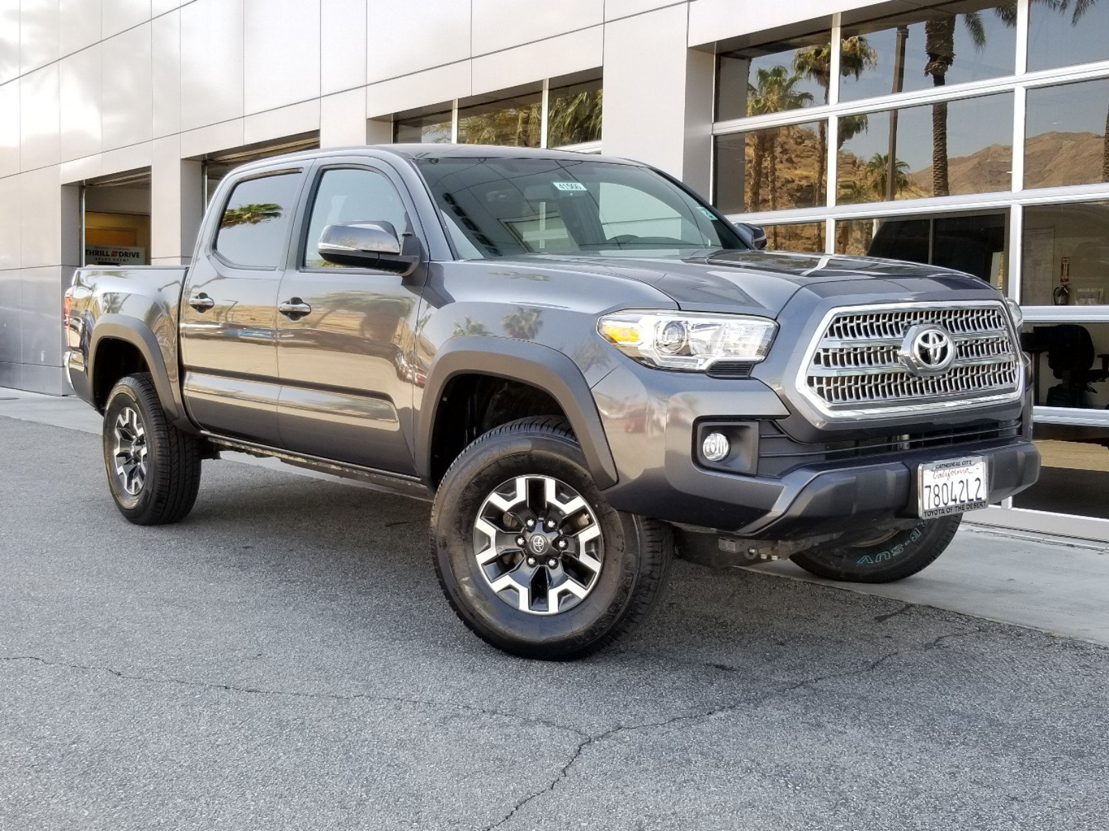 2016 Toyota Tacoma For Sale >> Pre Owned 2016 Toyota Tacoma Trd Off Road Double Cab In Cathedral
