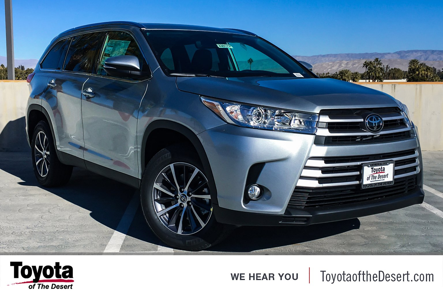 New 2019 Toyota Highlander Xle Sport Utility In Cathedral City