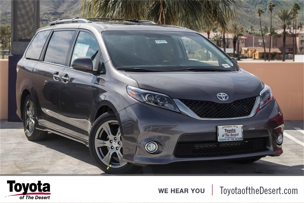 new 2017 toyota sienna se 4d passenger van in cathedral city 234625 toyota of the desert. Black Bedroom Furniture Sets. Home Design Ideas
