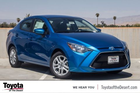New 2017 Toyota Yaris iA Base